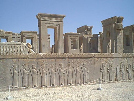 the discovery and reconstruction of the ancient city of persepolis Persepolis (old persian pârsa, modern takht-e jamshid): greek name of one of the capitals of the ancient  parts of the city were still inhabited .